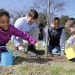 Students-planting-outside